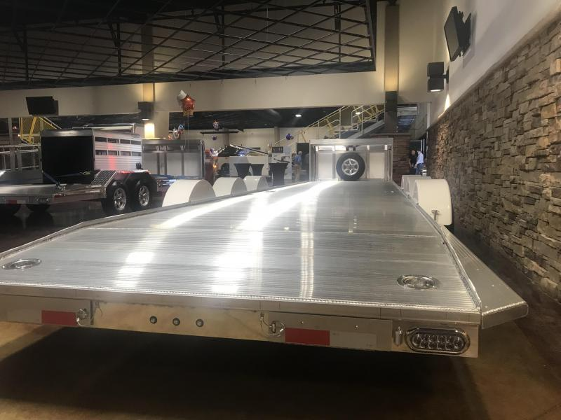 2020 Sundowner SunLite Sierra Enclosed Car Hauler