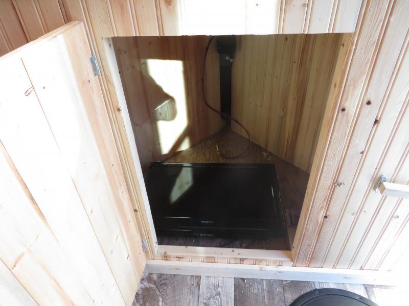 2020 Polar Crib Fish House Fish House