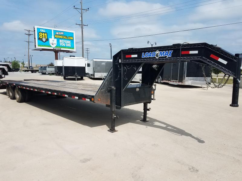 "2012 Load Trail 102""X32' Gooseneck Trailer 102'X32'"