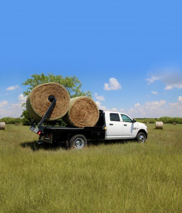2021 CM Truck Beds SZ Hay Bed