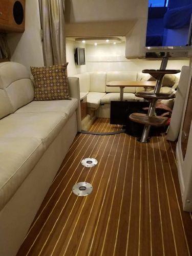 2009 Rinker 360 Express Cruiser (Power)