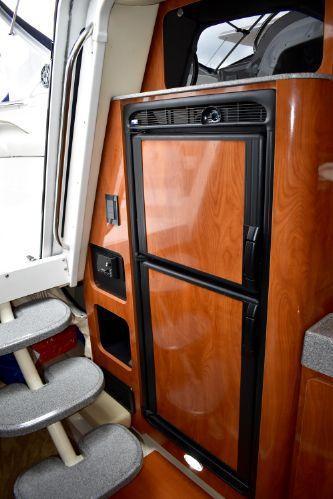 2005 Larson 370 Express/Cruiser