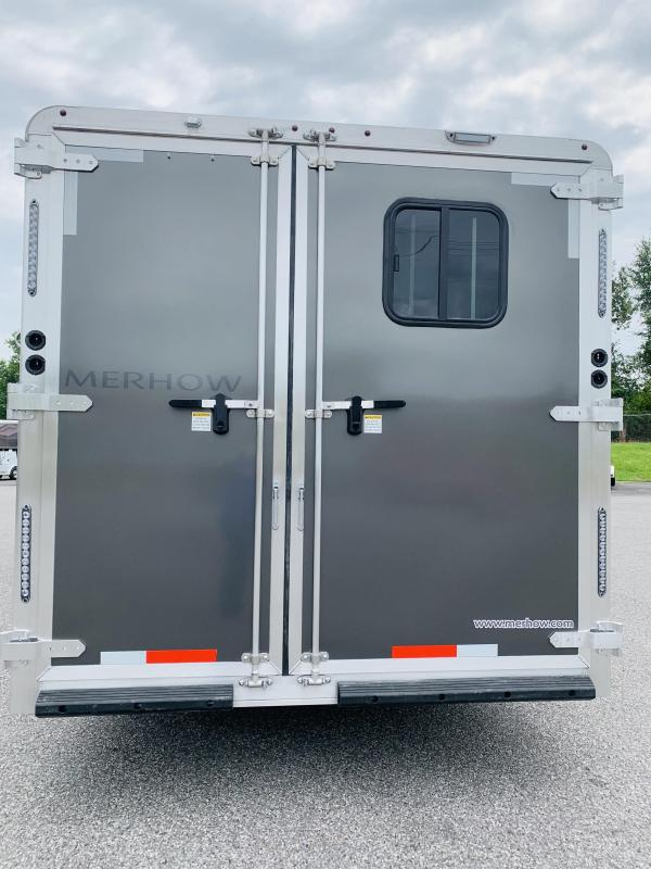 2021 Merhow Trailers 8316-ARWS Horse Trailer