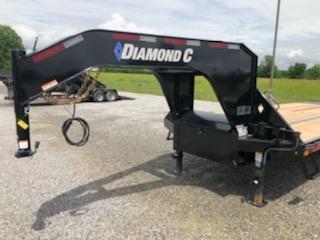 2021 Diamond C Trailers FMAX212 32 x 102 HDT Equipment Trailer