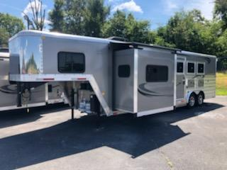 2020 Merhow Trailers 8311 RW-RS Horse Trailer