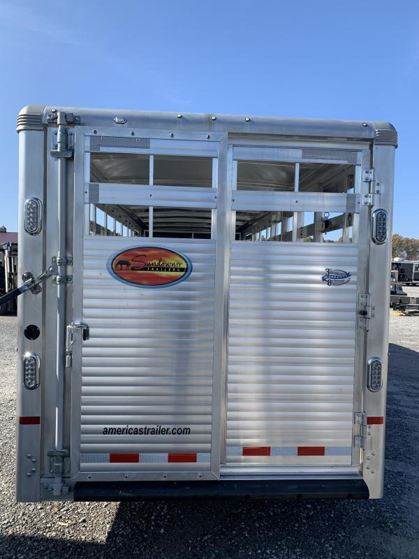 2021 Sundowner 20' GN Rancher Express  Livestock Trailer
