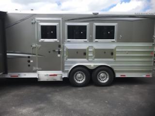2021 Merhow 8316- A RWS STAMPEDE Horse Trailer