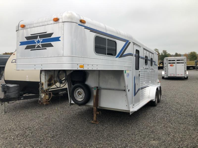 1999 4-Star  2H GN Horse Trailer