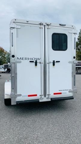 2021 Merhow Trailers 7207 N/S Horse Trailer