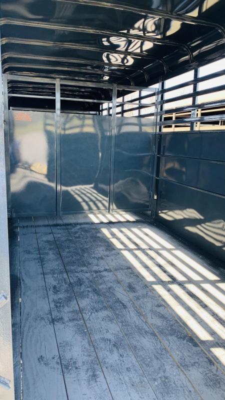 2021 Ranch King 20' GN Livestock Trailer