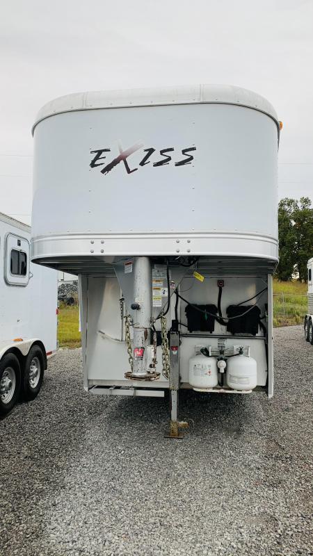 2010 Exiss  7308 Sport Horse Trailer