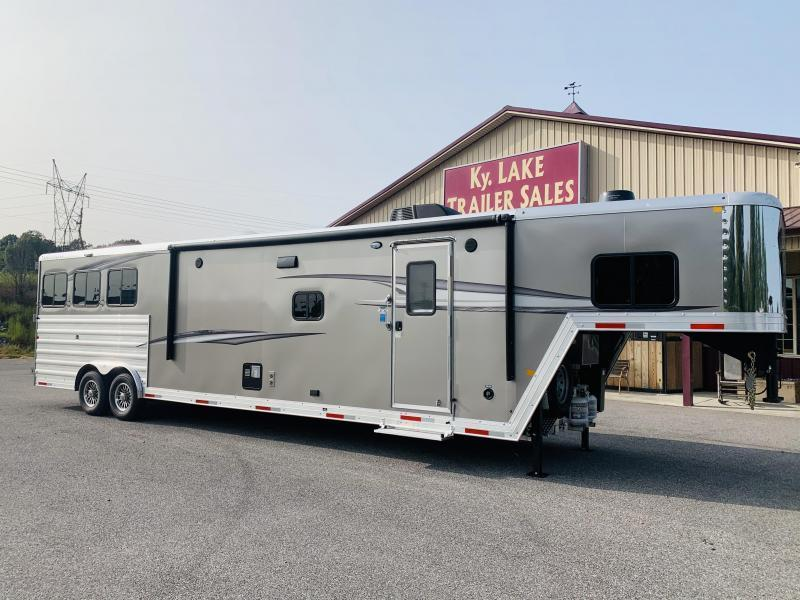 2021 Merhow  8316 RWS BAR Horse Trailer