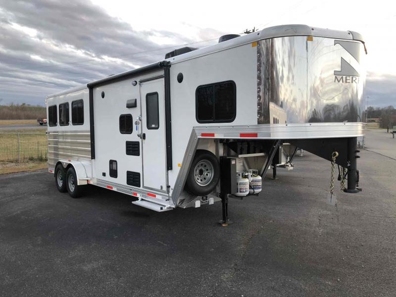 2021 Merhow Trailers 7307 NS GN Horse Trailer