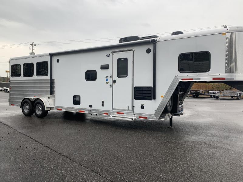 2020 Merhow Trailers 7311 RK-S Horse Trailer