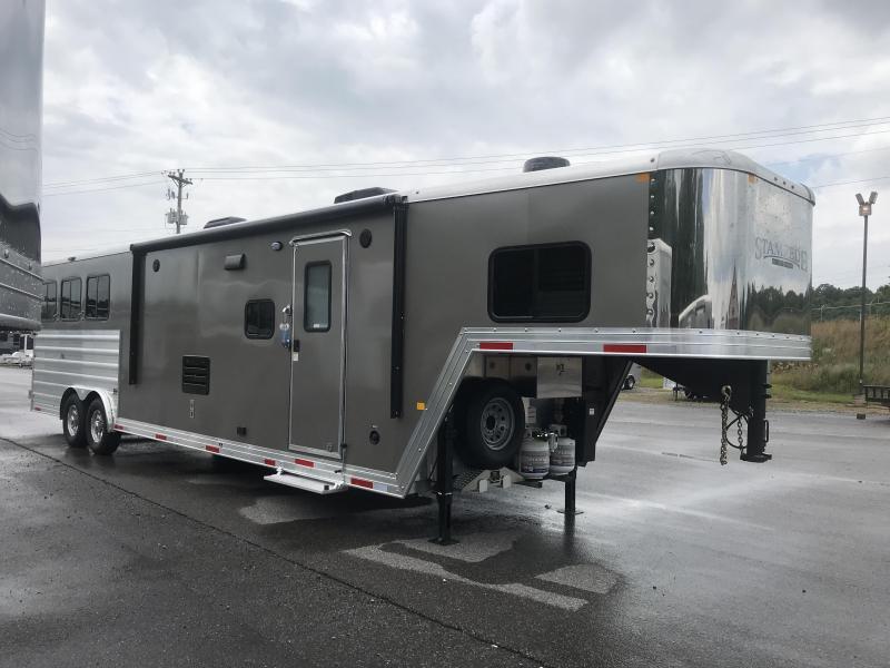 2020 Merhow Trailers 8314-B RWS Horse Trailer