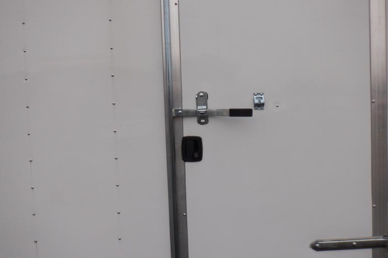 Doolittle 8.5X24 10K Enclosed GOOSENECK BARN DOOR INSULATED