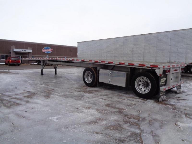 2016 East Flatbed