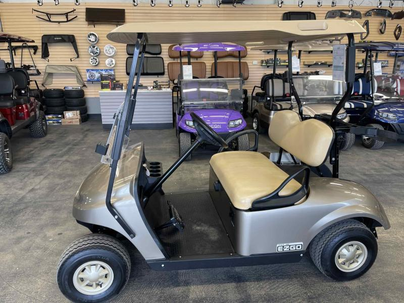 2017 E-Z-GO Electric TXT Golf Cart