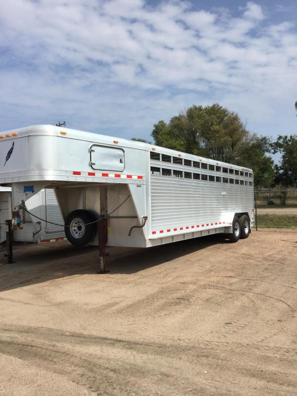 2000 Featherlite stock trailer Livestock Trailer