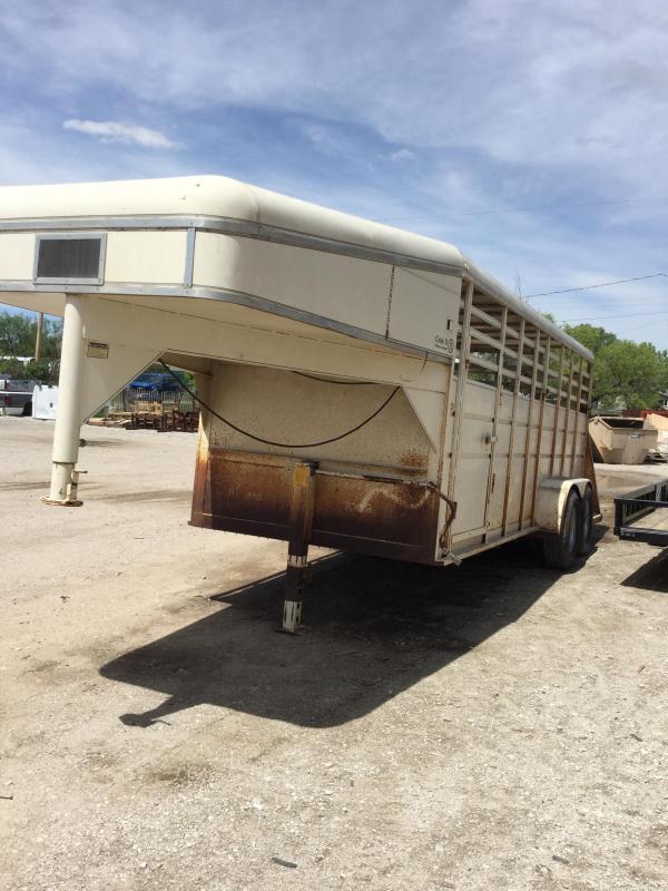 1990 Circle D stock trailer Livestock Trailer