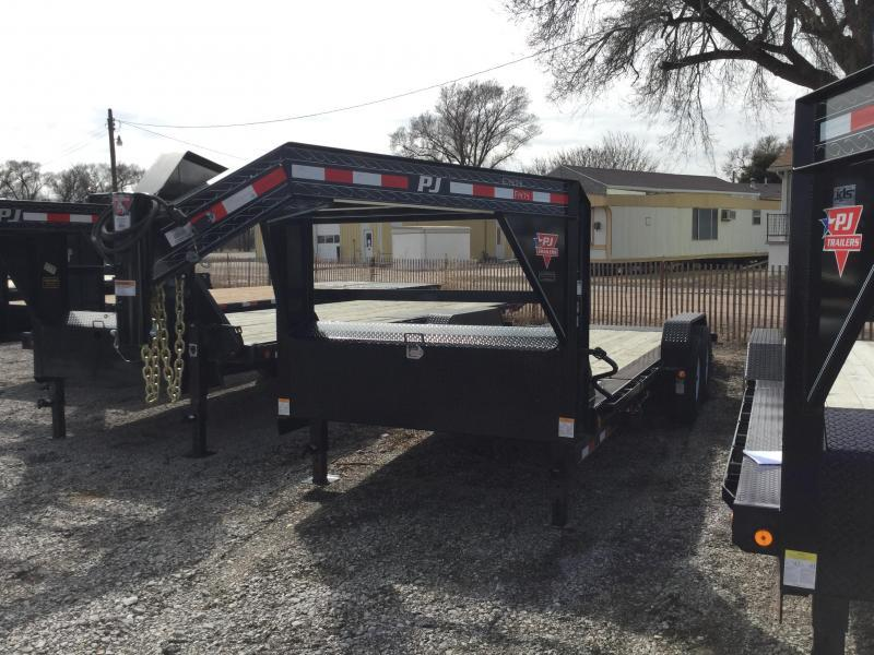 2019 PJ Trailers HD Equipment Tilt 6 in. Channel (TJ) Equipment Trailer
