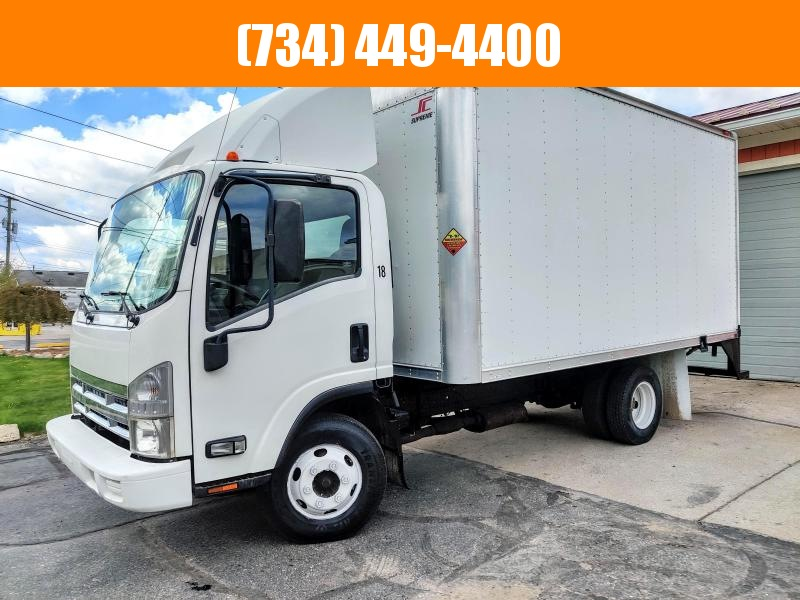 2008 Isuzu NPR 14ft box Truck GM Gas Engine