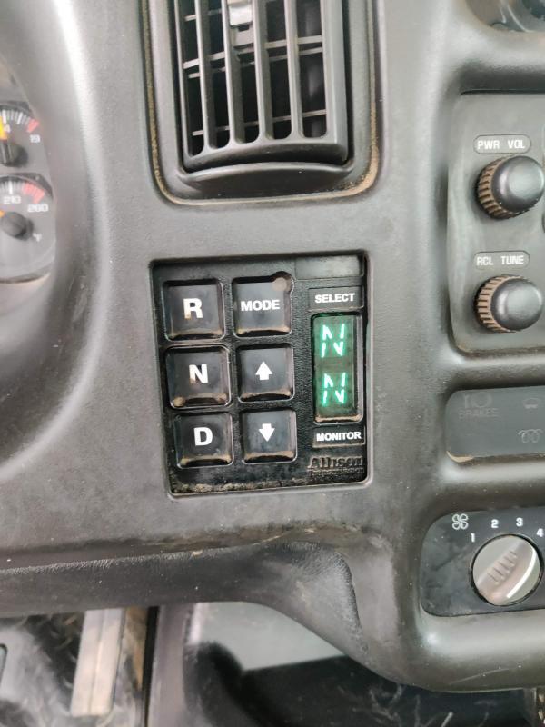 2009 GMC C7500 CAB & CHASSIS ISUZU DIESEL AUTO 33K GVWR