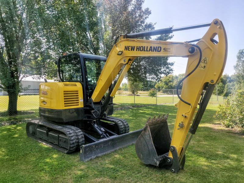 2017 New Holland E60C compact excavator Construction