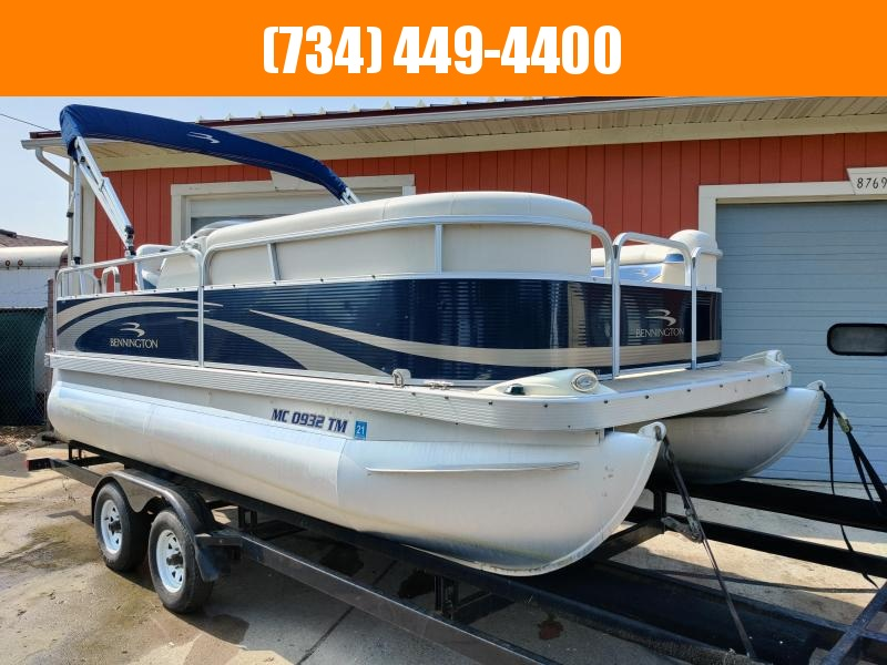 2012 Bennington 17ST 17ft w 40hp Mercury 4 Stroke 100hrs! Pontoon Boat