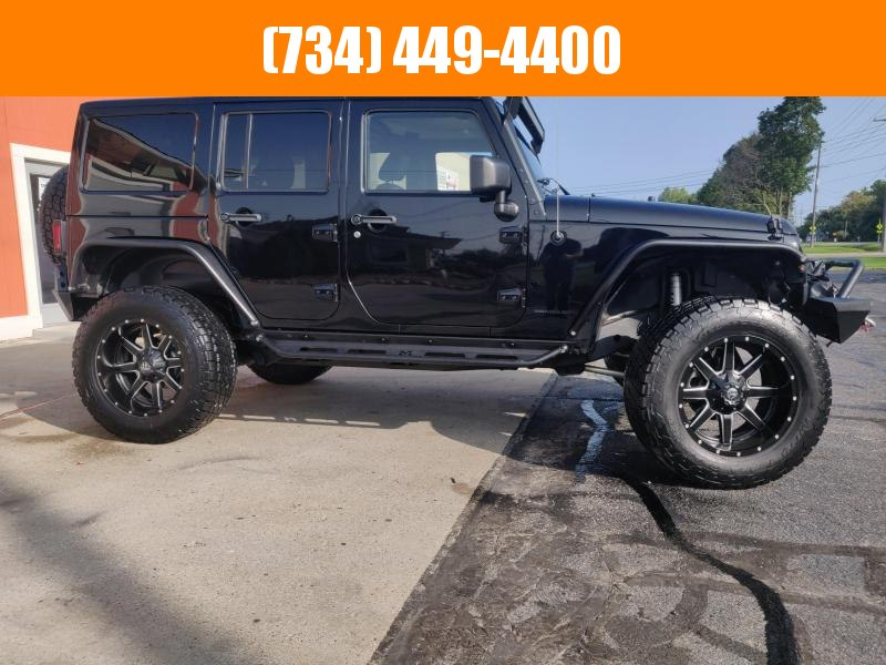 2014 Jeep Wrangler Unlimited 18000 MILES 1 OWNER