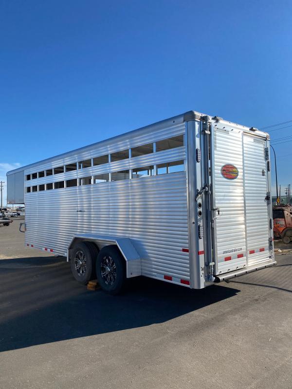 2022 Sundowner Trailers 20' Gooseneck Rancher Express Livestock Trailer