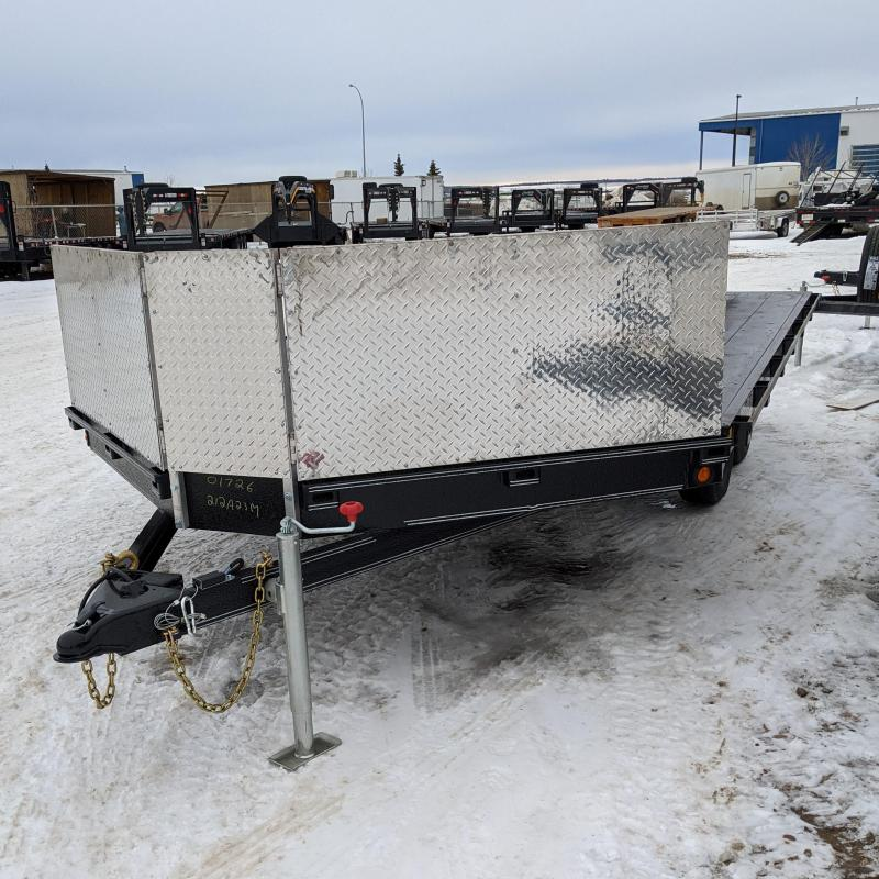 2021 Rainbow Trailers 212A23M Snowmobile Trailer