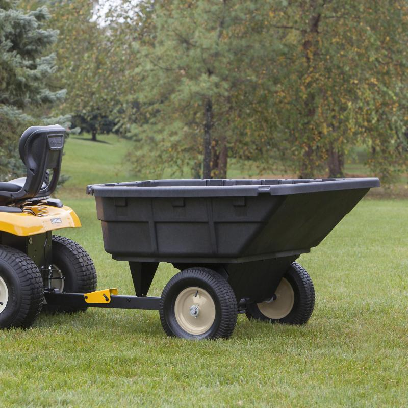 2021 Cub Cadet 15 Cu Ft Swivel Dump Cart