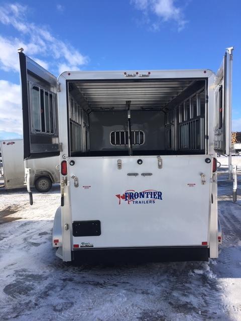 2018 Frontier AMB67TACK Horse Trailer