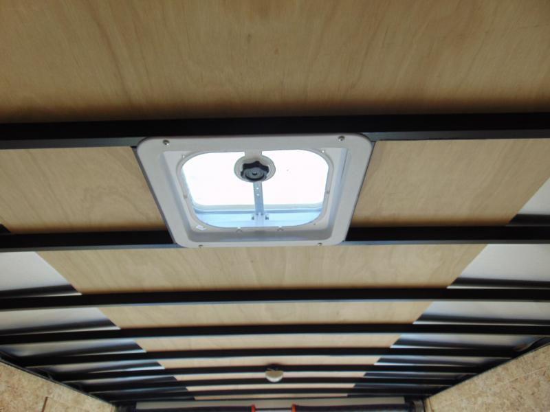 Cargo Express E8.5X20 Enclosed Cargo Trailer