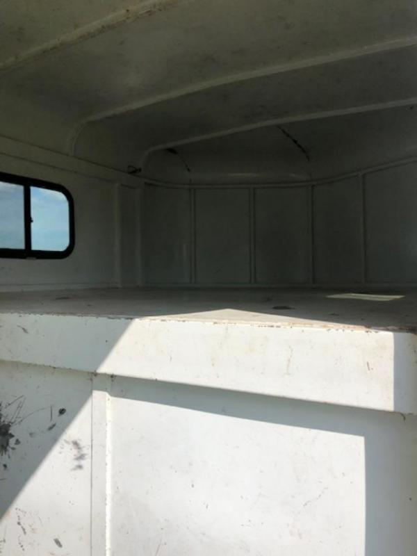 2014 K and K Trailers 3 horse gooseneck with dressing room Horse Trailer