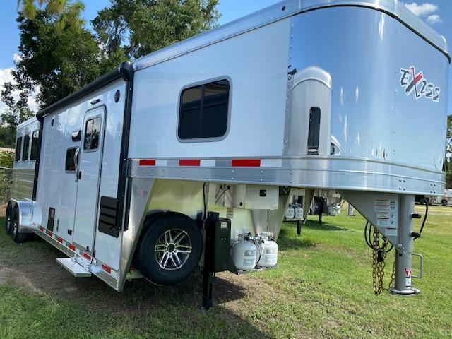 2020 Exiss Trailers 7' wide 3 horse w/10' lq and slide Horse Trailer