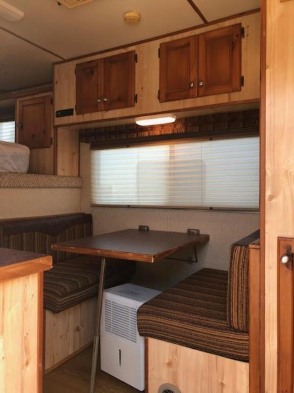 2005 Featherlite 8' wide 4 horse w/9' lq Horse Trailer