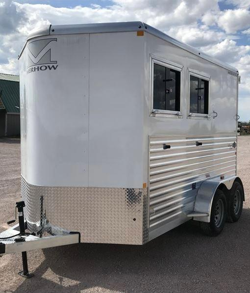 2021 Merhow Trailers 2 horse slant Bronco with dressing room Horse Trailer