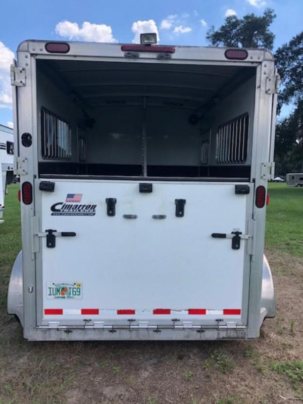 2011 Cimarron Trailers 2 horse straight load bumper pull Horse Trailer