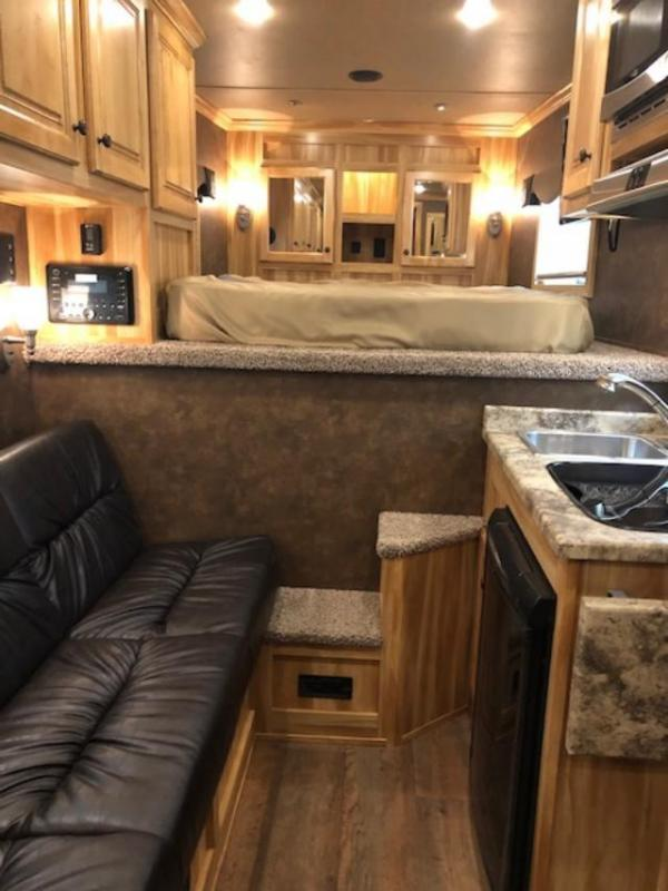 2020 Exiss Trailers 7308 Horse Trailer