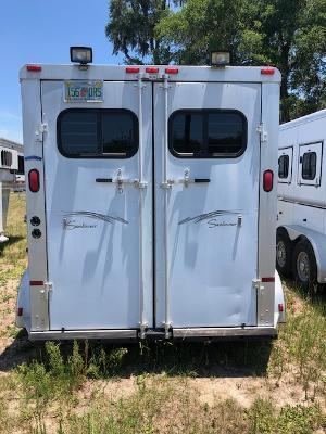 2000 Sundowner Trailers 2 horse slant gooseneck w/dressing room Horse Trailer
