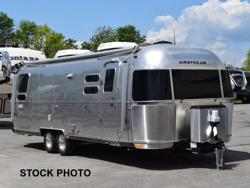 2022 Airstream Globetrotter 30RB Twin Travel Trailer