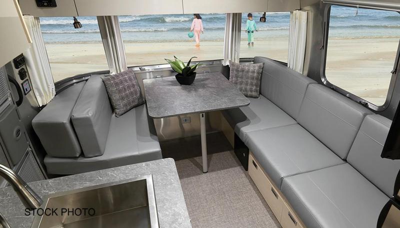 2022 Airstream Flying Cloud 25FB Travel Trailer