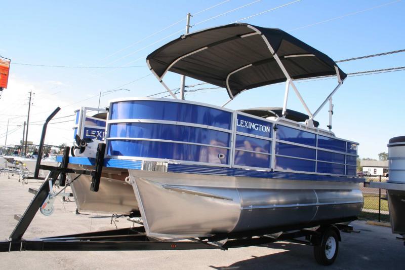 2021  Lexington 317 HPT FISH
