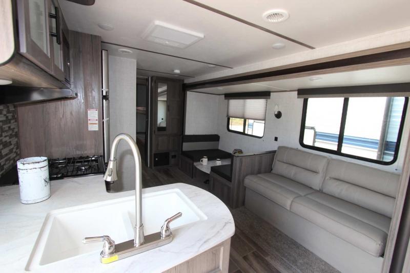 2021 Gulf Stream Coach Conquest 279BH