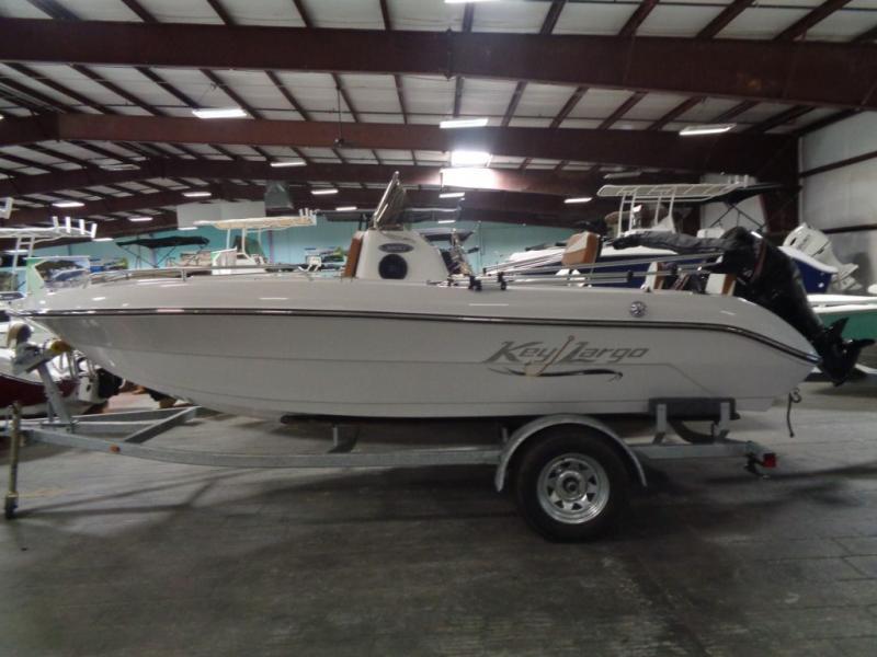 2019 Caravelle Boat Group Keylargo 1800CC