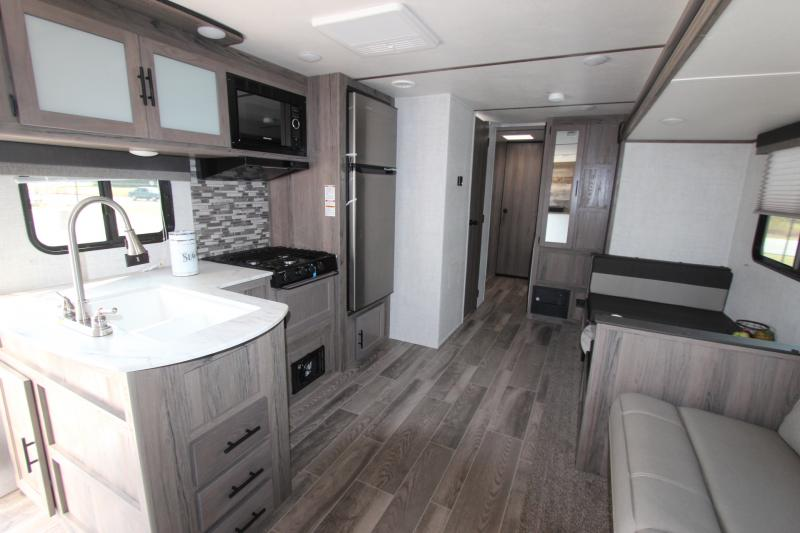 2021 Gulf Stream Coach Conquest 279BH