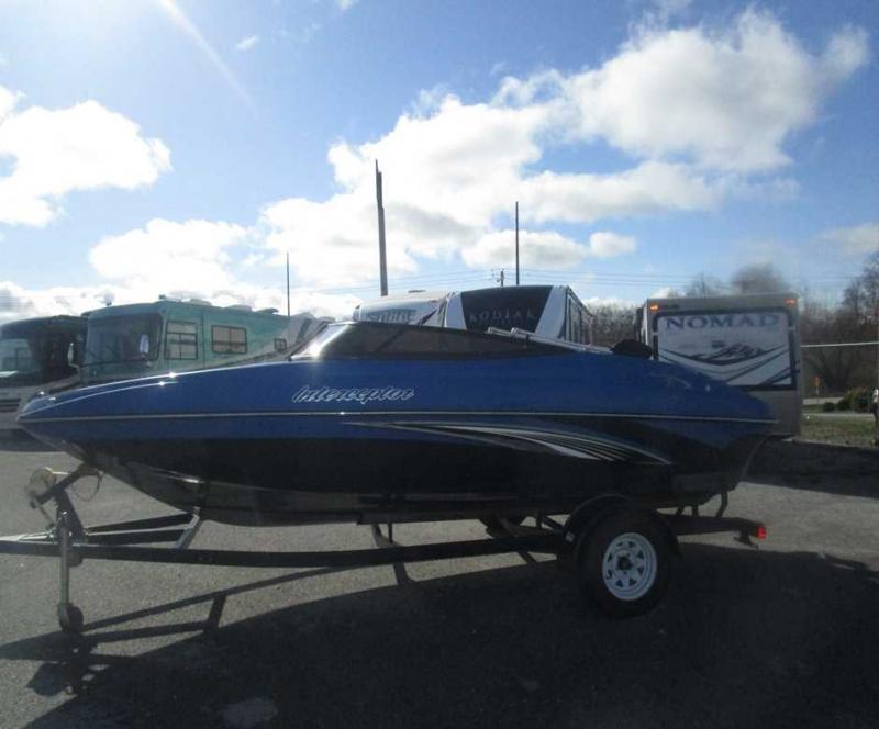 2015 Caravelle Boat Group Interceptor 18CX