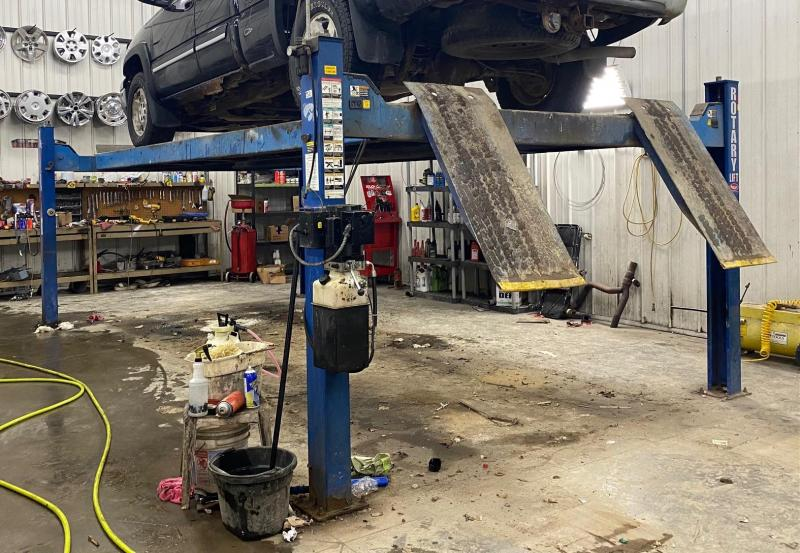 Rotary 4 Post Automobile Lift Boat Lifts